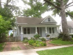 Small Picture The OtHeR HoUsToN BUNGALOW FRONT YARD GARDEN IDEAS
