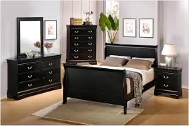 Small Bedroom Black And White Attractive Small Bedroom Decorating Ideas For College Student