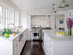 how to get a wine stain out of marble countertops
