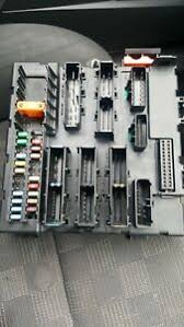 vauxhall vectra c rec rear electrical control module fuse box er 02 2009 image is loading vauxhall vectra c rec rear electrical control module