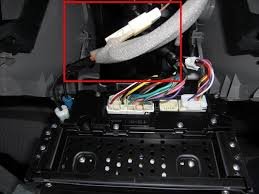 how to get great radio reception with aftermarket headunit Orange Wire On Radio Harness is an orange wire with a white connector, connected to a brown wire, attached to the white antenna that's what you have to tie the ant blue wire orange wire on stereo harness