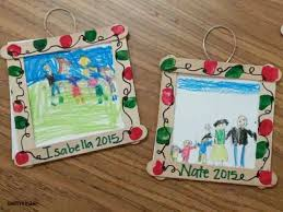 family ornament picture frames with holiday light fingerprint border makes a great ornament gift for