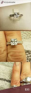 bella luce ring from jtv a bella luce ring solire princess cut solire in middle surrounded