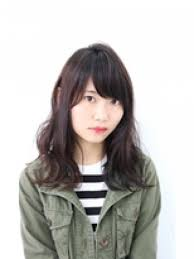 黒髪セミウェットミディアムロングのヘアカタログ Hair Mode Kt 尼崎