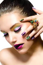 try this fun and simple mardi gras makeup idea