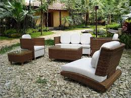 how to choose best modern garden furniture and contemporary