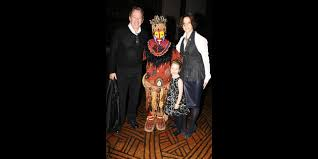 jane hajduk last man standing. last man standing star tim allen \u0026 his family witness the magic of disney\u0027s lion king on broadway | buzz broadway.com jane hajduk 4