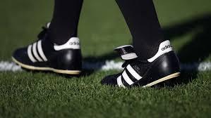 Как менялись футбольные <b>бутсы</b> | Об УЕФА | UEFA.com