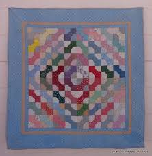 Dora Quilts: Tutorial: Bow Tie Blocks & ... one of my early bow tie quilts (from the 1980s--complete with fabrics  that did not retain their colors because the fabric companies insisted 20  hours of ... Adamdwight.com
