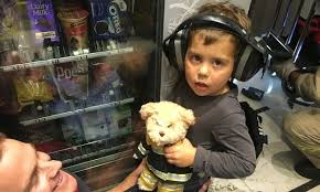 Kid Stuck In Vending Machine Interesting Australian Toddler Has A Memorable First Encounter With A Vending