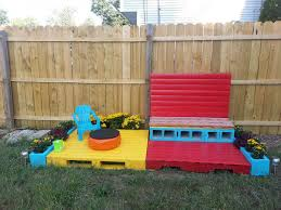 DIY Pallet Outdoor Couch With Cushion  Pallet Furniture DIYDiy Outdoor Furniture Cushions