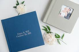 Wedding Photos Albums Should You Get A Professional Wedding Album 3 Ways To Find Out