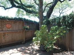 Beautiful Two Bedroom Townhome In San Antonio Excellent Location - Two bedroom townhome