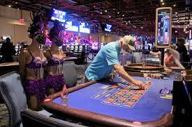 Casino gambling returns to Chester after coronavirus closure - WHYY