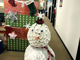 office decoration for christmas. Plain For Office Door Decoration Holiday Decorating Ideas Decor Decorations Christmas  Cont   With Office Decoration For Christmas