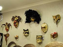 Decorating A Mask Craft Ideas and Wall Decorations Making Masquerade Ball Masks 46