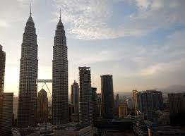 the history and construction of the petronas twin towers expatgo twin towers photo credit matthew robey