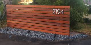 Horizontal Wood Fence Diy Here O Inspirations Design Trends Img