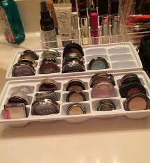 Awesome idea for eyeshadow storage!