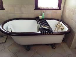 image of clawfoot bathtub caddy