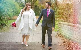 Plus Size Outfits für die standesamtliche Hochzeit - INCURVY Plus ...