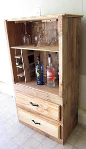 Portable Liquor Cabinet Rustic Bar Liquor Cabinet Made From Pallet Wood 100 Furniture