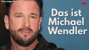Michael Wendler Posiert Mit Freundin Laura 18 Fans Sind