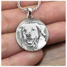 photo engraved round pendant your dog