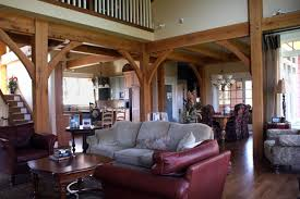 CS-Michigan timberframe home interior