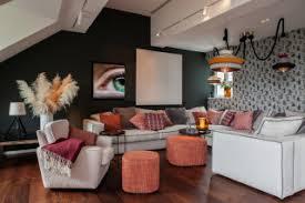 Radiant orchid wurde zum beispiel zur farbe des jahres 2014 erklärt. 75 Eklektische Wohnzimmer Ideen Bilder Dezember 2020 Houzz De