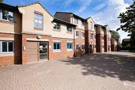 homes to let in cowgate property