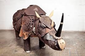 rinoceronte de madera