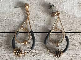 Premier Designs Inside Out Earrings Four Pairs Earrings Lot Round Black Modern Ab Rhinestones Vintage Pierced Earrings Premier Designs Silver Tone Dangles Sphere Ear Wires