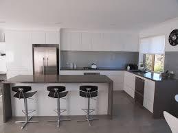 Modern Kitchen Interior Design Magnificent Modern Shadowline Handleless Style With 48mm PR Edge Stone Bench