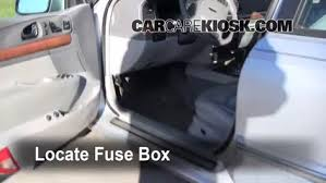 interior fuse box location 1995 2002 lincoln continental 2001 2000 lincoln navigator fuel pump fuse at Fuse Box Location 2001 Lincoln Navigator