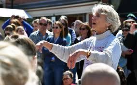 Column: Retired founder of Barrington Children's Choir looks back - Chicago  Tribune