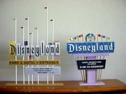 essay on disneyland custom writing blog how to create an evaluation essay on disneyland the first thing that the student should