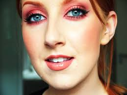 eyeshadow for blue eyes and brown hair