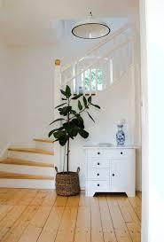 Hier sind einige designer vorschläge für teppiche, brücke und teppichläufer, die dem flur eine warme ausstrahlung geben und in der regel einen farbigen. Treppen Bilder Ideen Couch