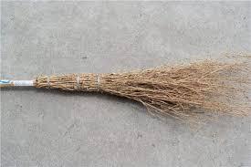 欲想防止竹掃把發黴保養須到位-嘉祥億竹商貿