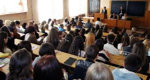 В самопровозглашенной ДНР работающим студентам дали право на  В самопровозглашенной ДНР работающим студентам дали право на 4 месячный дипломный отпуск