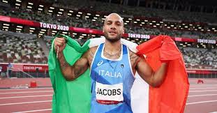 Lamont marcell jacobs for the gold in the men's 100m final. Dgwpbklf6ae5wm