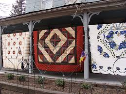 Amish Quilts for Sale | Lancaster, Shopping and Amish country & Amish Quilts • Find more information about Amish quilts and quilt shops in Lancaster  County, Adamdwight.com