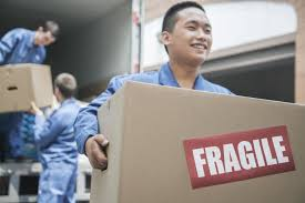 Guide To Choosing The Right Moving And Storage Company