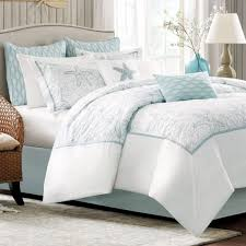 adorable light blue and white bedding set with starfish motif