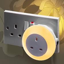plug through colour changing led night light daylight sensor