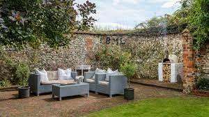 garden wall ideas create a boundary or