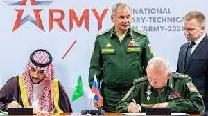 بالصور.. السعودية وروسيا توقعان اتفاقية للتعاون في المجال العسكري