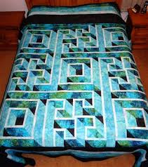 labyrinth quilt - Quilters Club of America | Projects to try ... & labyrinth quilt - Quilters Club of America Adamdwight.com