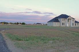 Building A Home On A Budget Tips On Buying Land Build A Home On A Budget Series